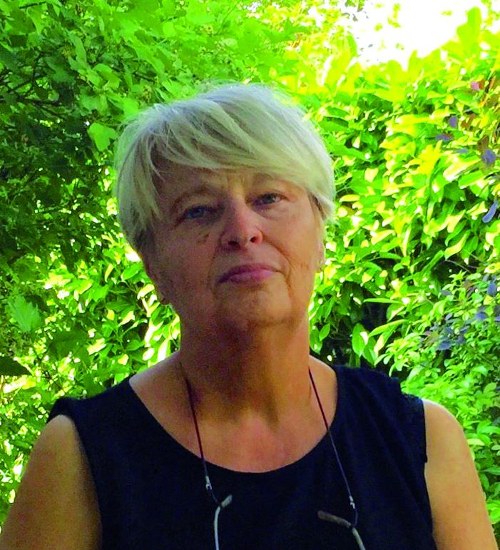Dominique, bénévole chargée de communication